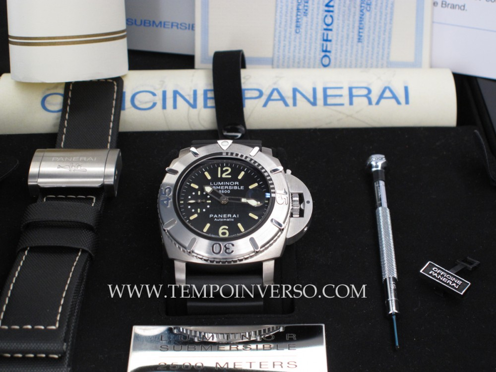 tempo inverso panerai submersible 2500m subzila. Black Bedroom Furniture Sets. Home Design Ideas