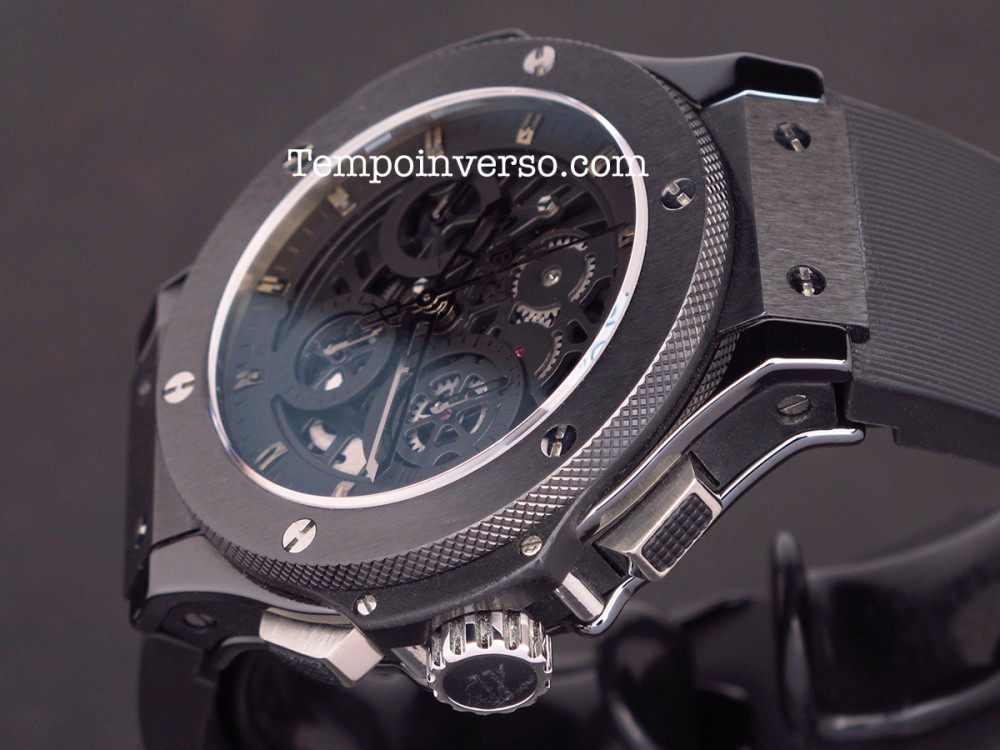 tempo inverso hublot aero bang all black skeleton 1st. Black Bedroom Furniture Sets. Home Design Ideas